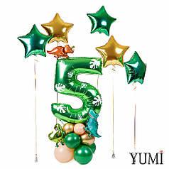 Цифра 5 зеленая с декором листьями на подставке с мини динозаврами, 3 зеленые звезды, 2 золотые звезды
