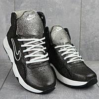 Зимние женские кожаные кроссовки на меху, 38 Реплика Nike.