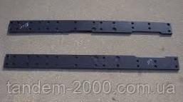 Пластина правая кронштейна противовесов 80-4235028-01 (ПО МТЗ)