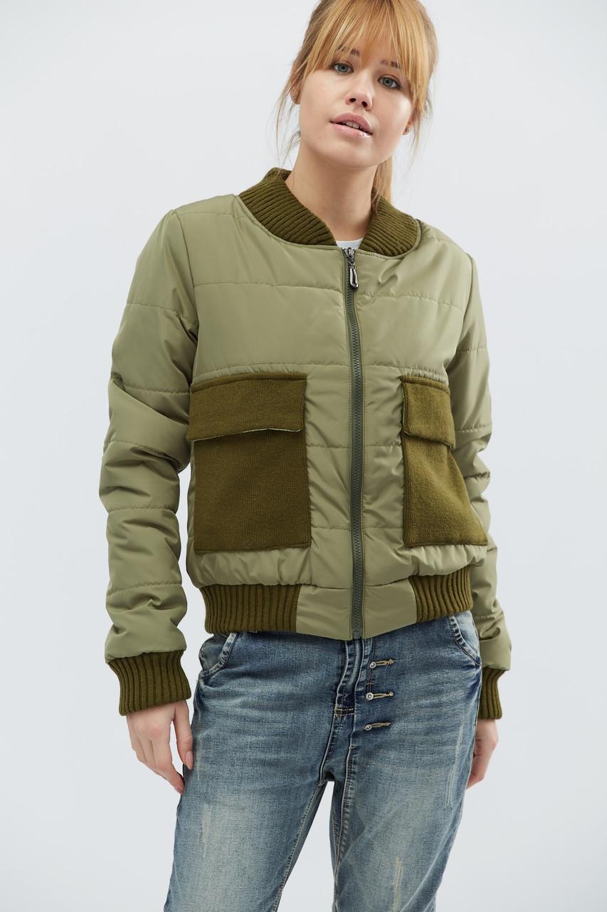 Удобная демисезонная куртка