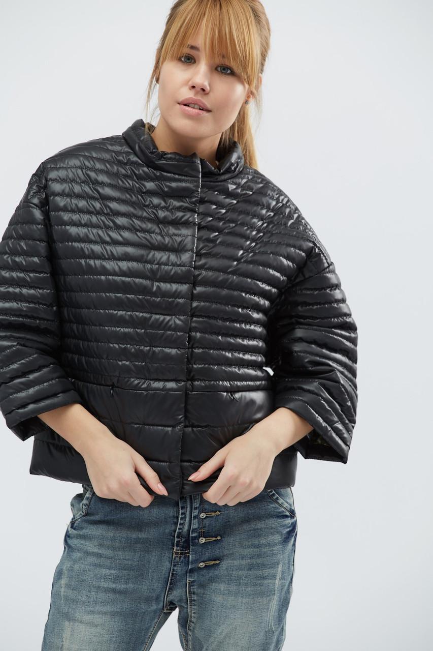 Однотонная демисезонная куртка