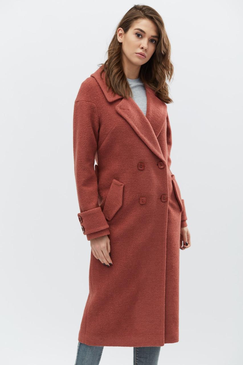 Шикарное удлиненное пальто прямого силуэта
