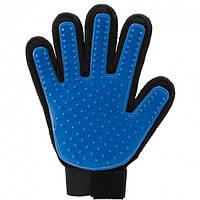 Щетка перчатка для вычесывания шерсти домашних животных True Touch R130425