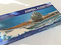 Сборная моторная модель авианесущего крейсера - ТАКР Адмирал Кузнецов, масштаба 1/800, фото 1