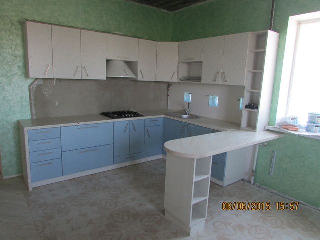 Кухонный набор в стиле модерн