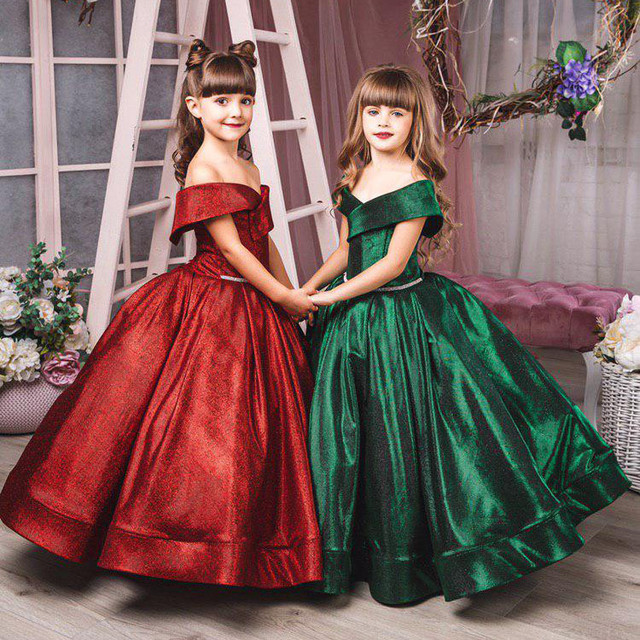Нарядные бальные, выпускные платья для девочек.