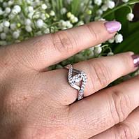 Кольцо женское серебряное 925° с золотой  пластиной 375° с  белыми фианитами.