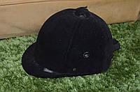Шолом, шапка для верхової їзди