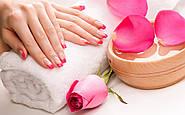 Правила весняного догляду за руками та нігтями