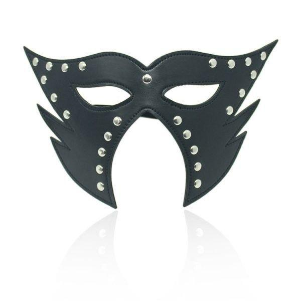Черная маска кошки