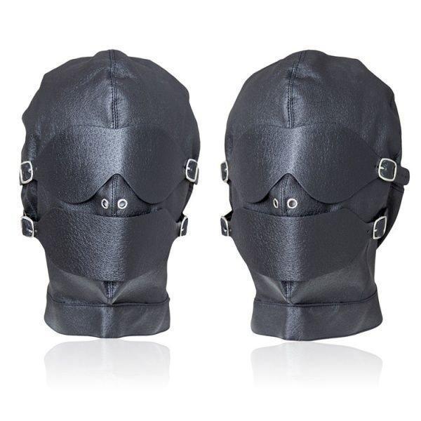 Чорна шкіряна маска для бдсм ігор