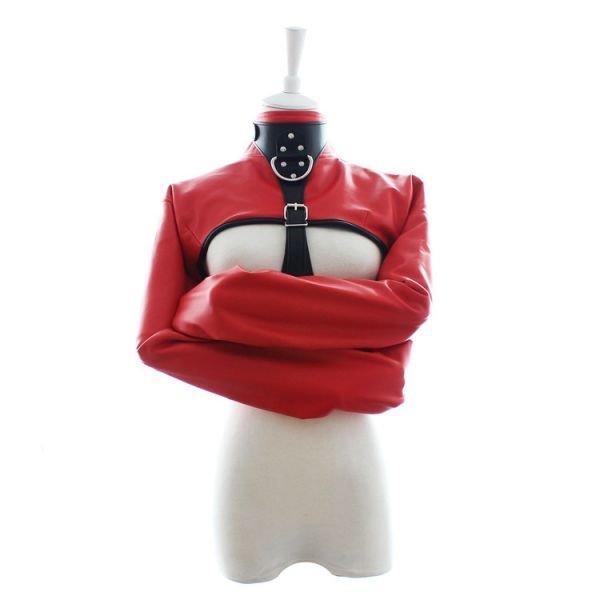 Красная смирительная рубашка с открытой грудью