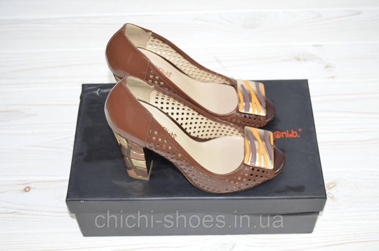 Туфли женские Lanzoni 0011 коричневые кожа-лак каблук