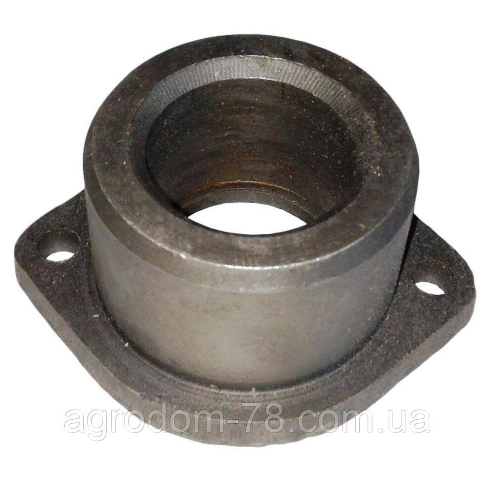 Втулка цапфы МТЗ нижняя (большая) металл 50-3001021
