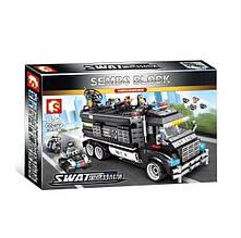 Конструктор 102477 «Полицейский фургон – база»