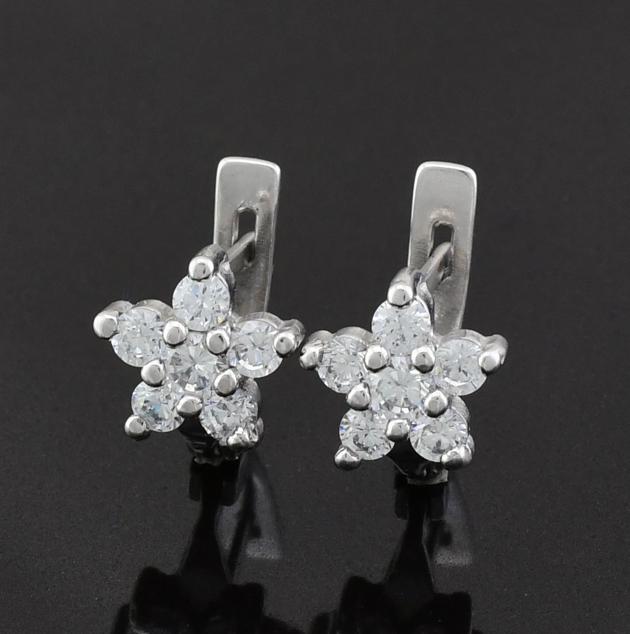 Серебряные серьги Азалия размер 12х8 мм вставка белые фианиты вес 2.48 г