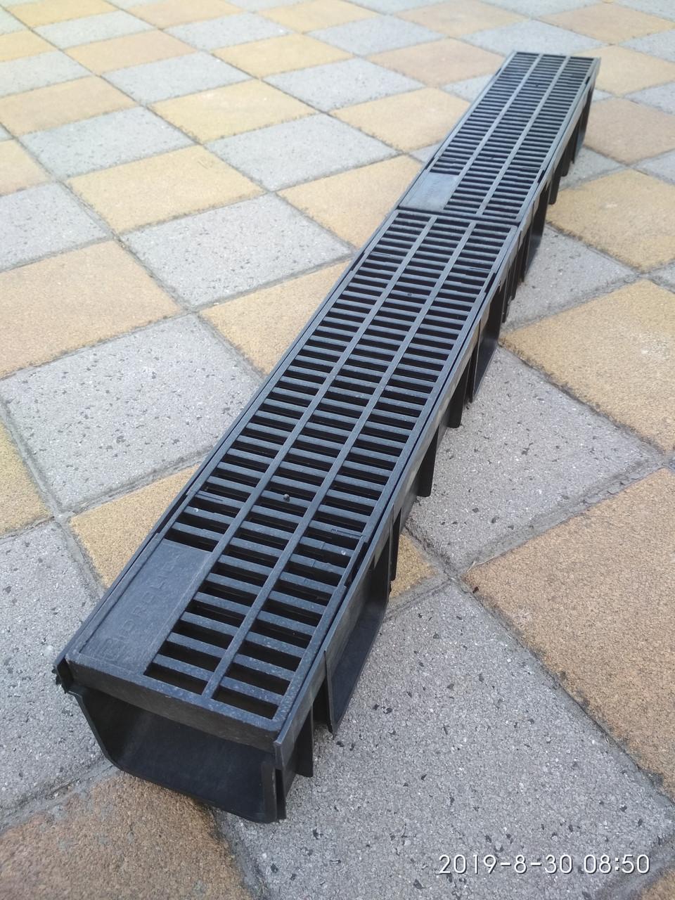 Водоотвод полимерный  с полимерными  решетками