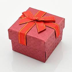 Коробочка красная для кольца-серег 741145, размер 5*5 см