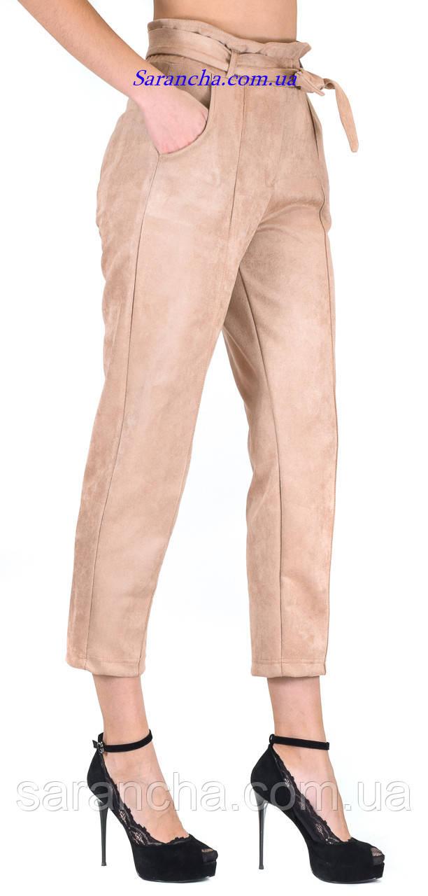 Замшевые модные штанишки момы цвет пудра