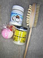 Набор щетка для массажа, кокосовый масло и скраб, бомбочка для ванны