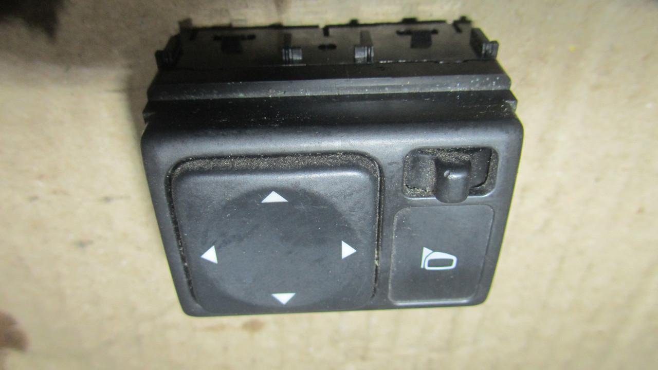 Кнопка регулировки зеркал Nissan XTrail T30 25570CL000
