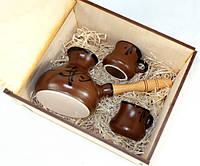 Подарочный кофейный набор Мокко - турка и две чашечки в деревянном ящике