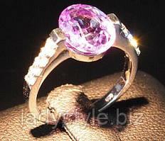 Овальное кольцо с  александритовой шпинелью и белыми сапфирами , размер 16.7  от студии LadyStyle.Biz
