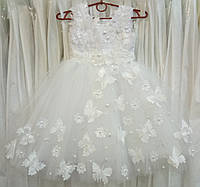 4.148 Нежное белое нарядное детское платье-маечка с бабочками на 4-5 лет