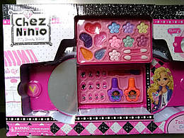 Игрушечная декоративная косметика с сумочкой.Подарочный набор детской косметики.