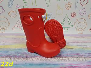 Детские резиновые сапоги непромокаемые красные