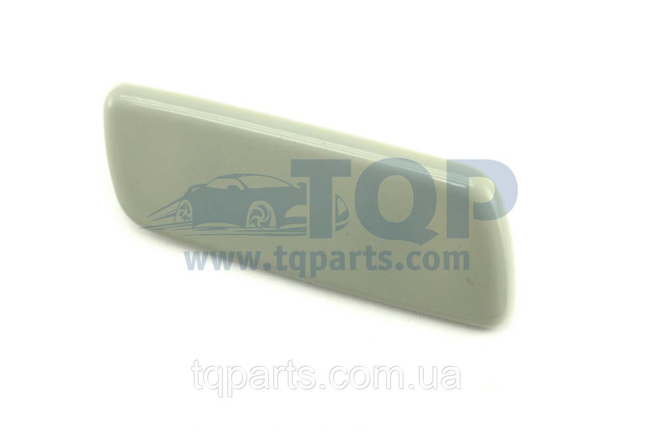 Крышка форсунки прав. 85044-48010-C0, 8504448010C0, Lexus RX350 09-15 (Лексус RX)