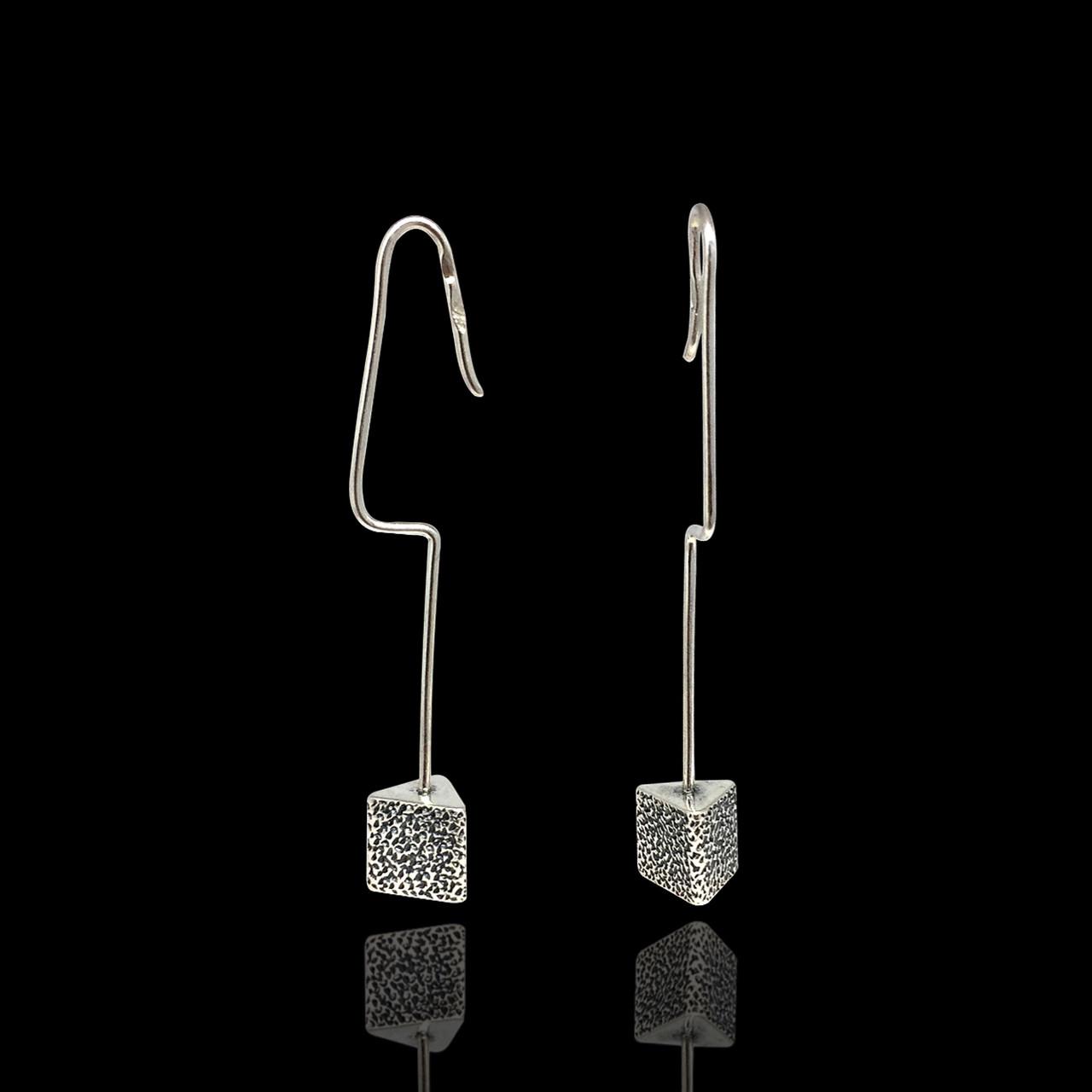 Длинные серебряные висячие серьги