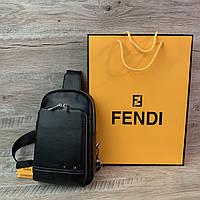 Стильная кожная нагрудная сумка-слинг Fendi, фото 1