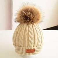 Теплая детская шапка кремовый