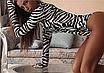 Женский боди Hugcitar Lilu с длинными рукавами, с высоким воротом, с принтом под зебру клубный, black, фото 5
