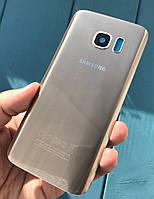 Задняя крышка для Samsung Galaxy S7 G930 золотистый (со стеклом камеры)