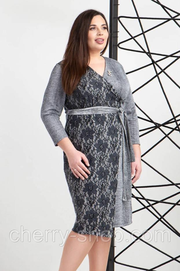 Платье запахом из трикотажа светло серого цвета