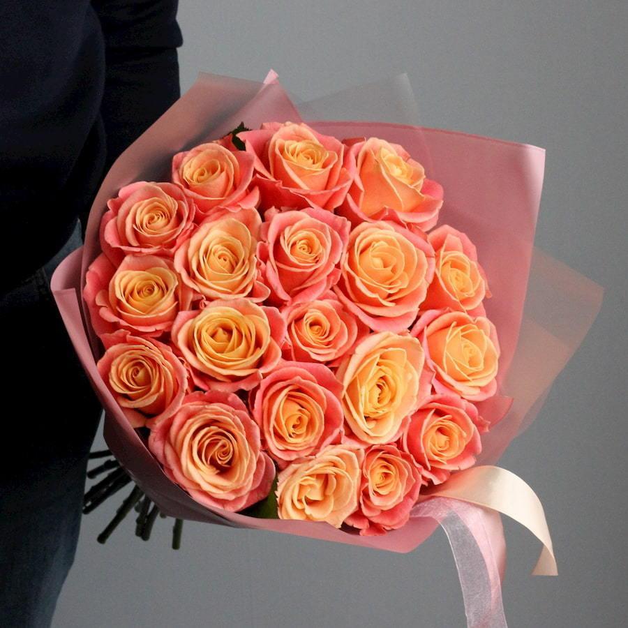 Букет из 19 роз Мисс Пигги