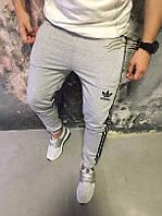 Спортивные штаны Адидас на манжете светло-серые (белые) Adidas pants