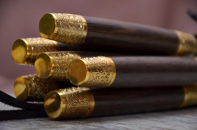 """Авторский набор шампуров ручной работы """"Орнамент"""" 69см с ручкой из мореного дуба"""