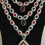 Индийские  украшения к сари, под золото с  красными и зелеными камнями, набор тика, серьги, колье ., фото 4