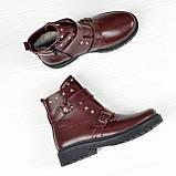 Ботинки кожаные на утолщенной подошве, декорированы ремешками и заклепками, цвет бордо, фото 2
