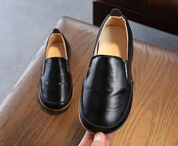 Дитячі туфлі Дитячі мокасини Дитячі мокасини чорні Туфлі дитячі Дитячі мокасини хлопчик