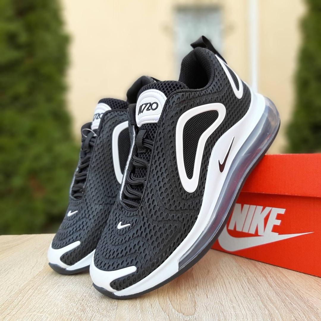 Женские кроссовки Nike Air Max 720 (черно-белые)