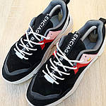 Жіночі кросівки Balenciaga Triple S V2 (чорно-червоні), фото 6