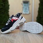 Жіночі кросівки Balenciaga Triple S V2 (чорно-червоні), фото 7
