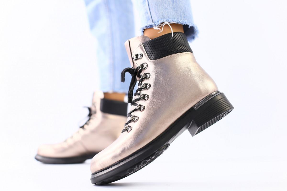 Женские зимние ботинки кожаные платина