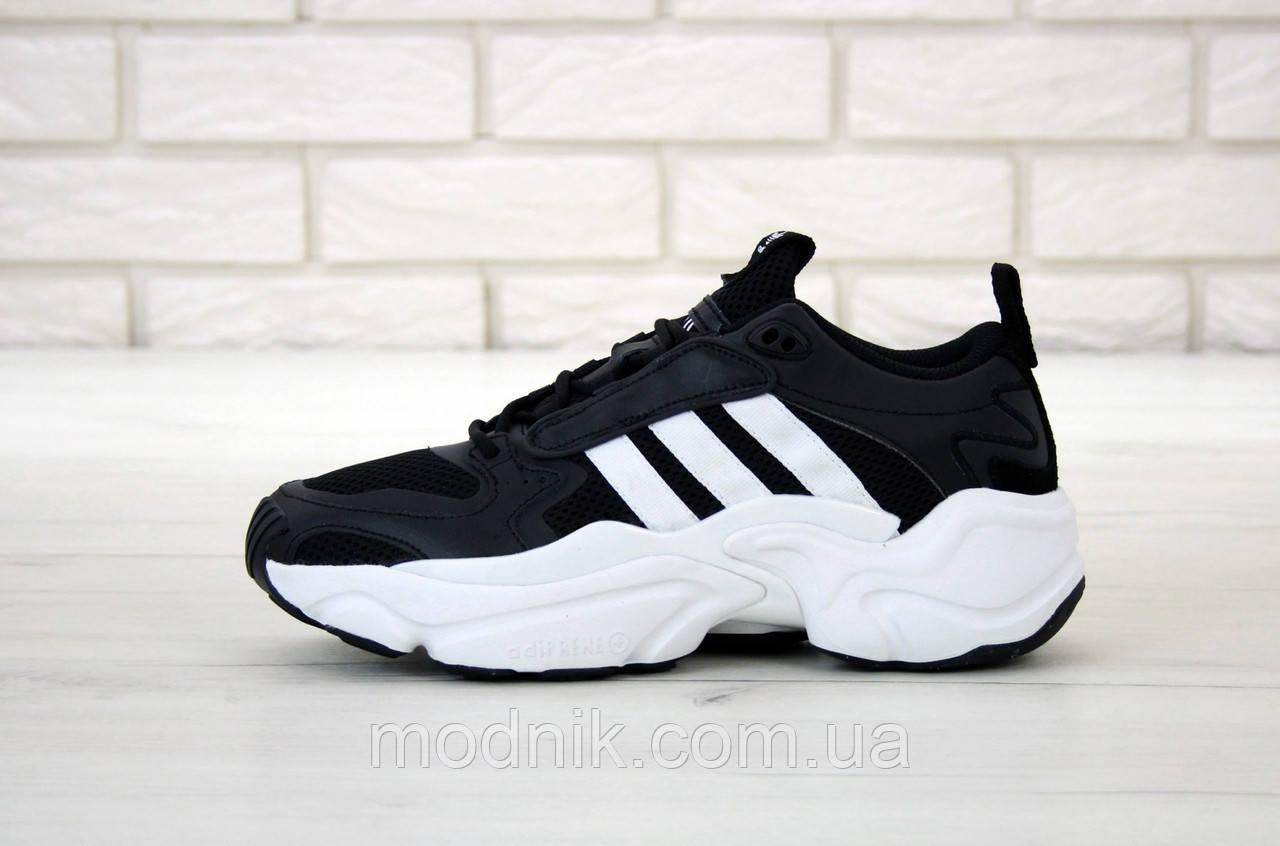 Мужские кроссовки Adidas Magmur (черно-белые)