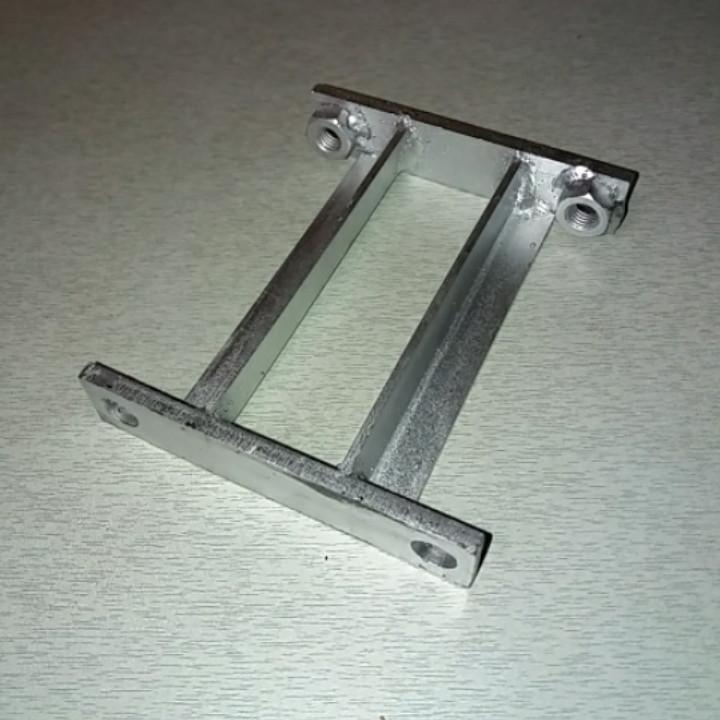 Плита крепежа бака R175, R180