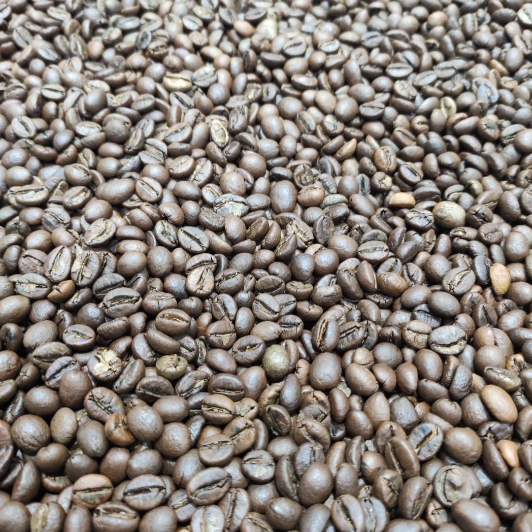 Кофе робуста в зернах Индия Cherry AA 500г